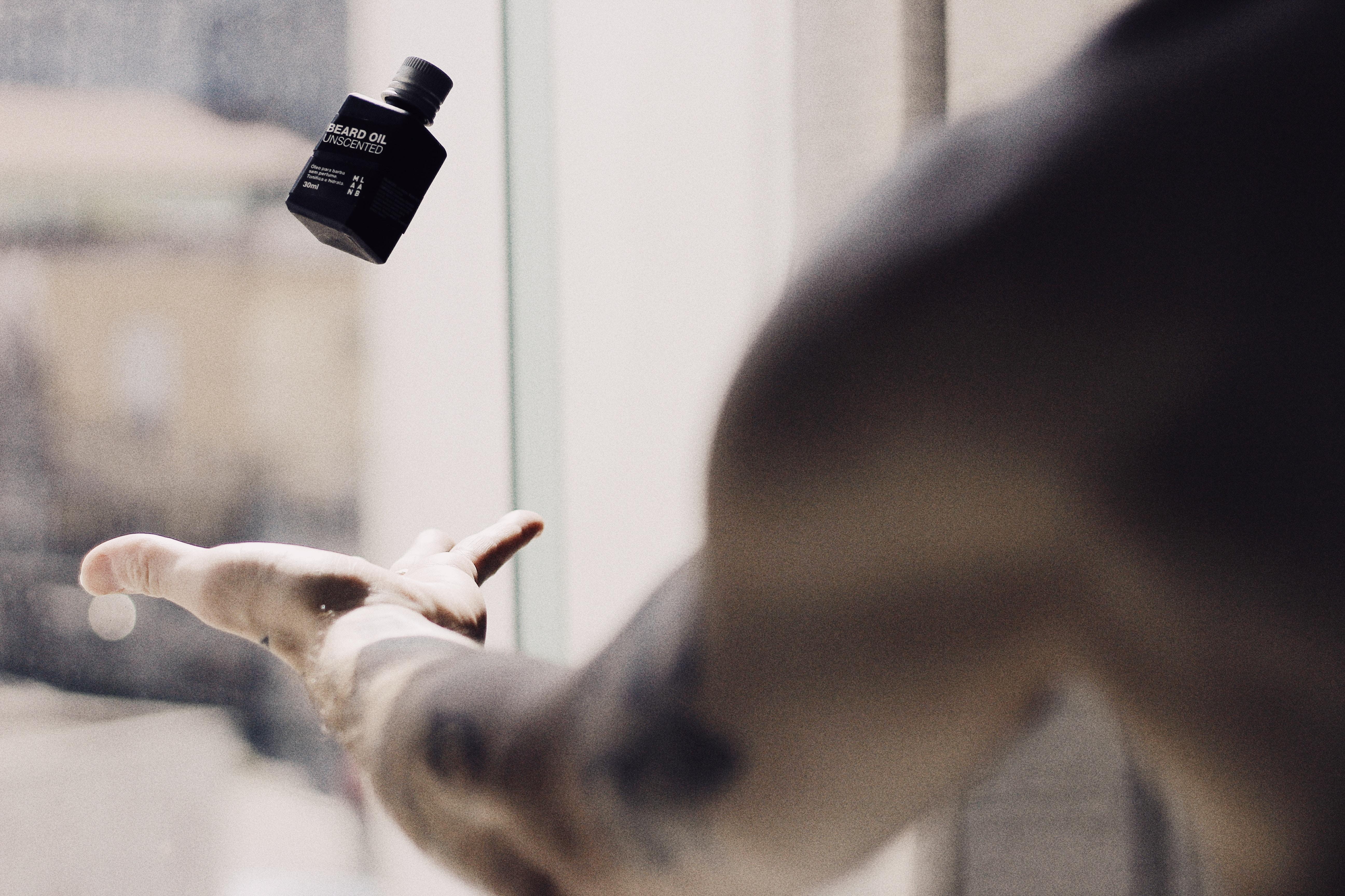【香水メンズ】女性ウケ抜群な『とても甘い香りのメンズ香水』18選